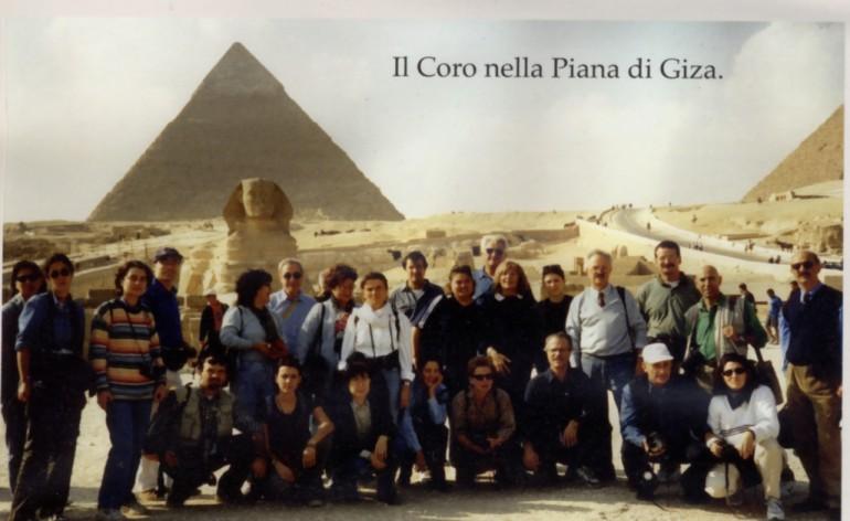 nel_1999_il_Coro_nella_Piana_di_Giza